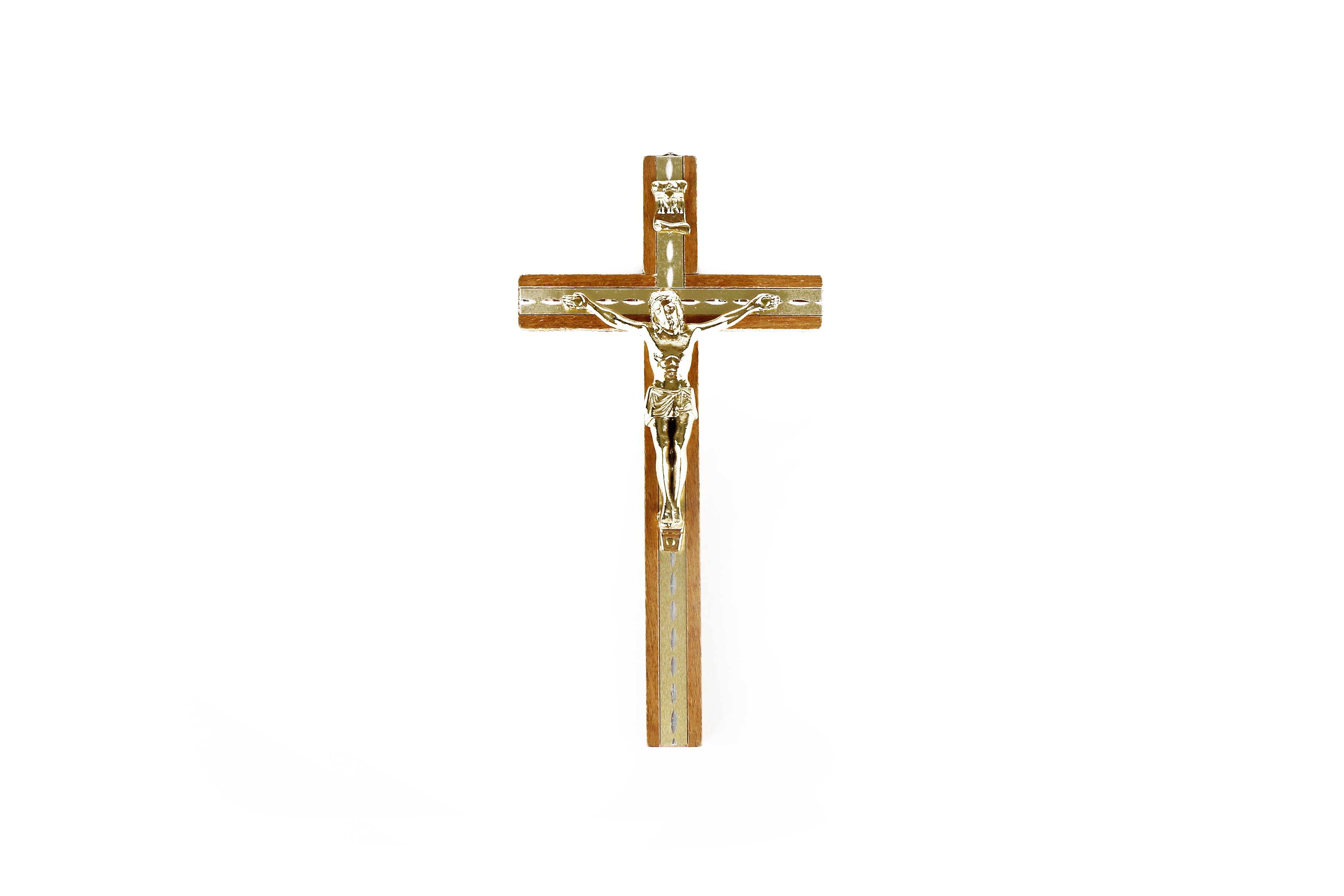 Crucifix en bois et métal avec corpus doré / Wooden wall crucifix with golden corpus