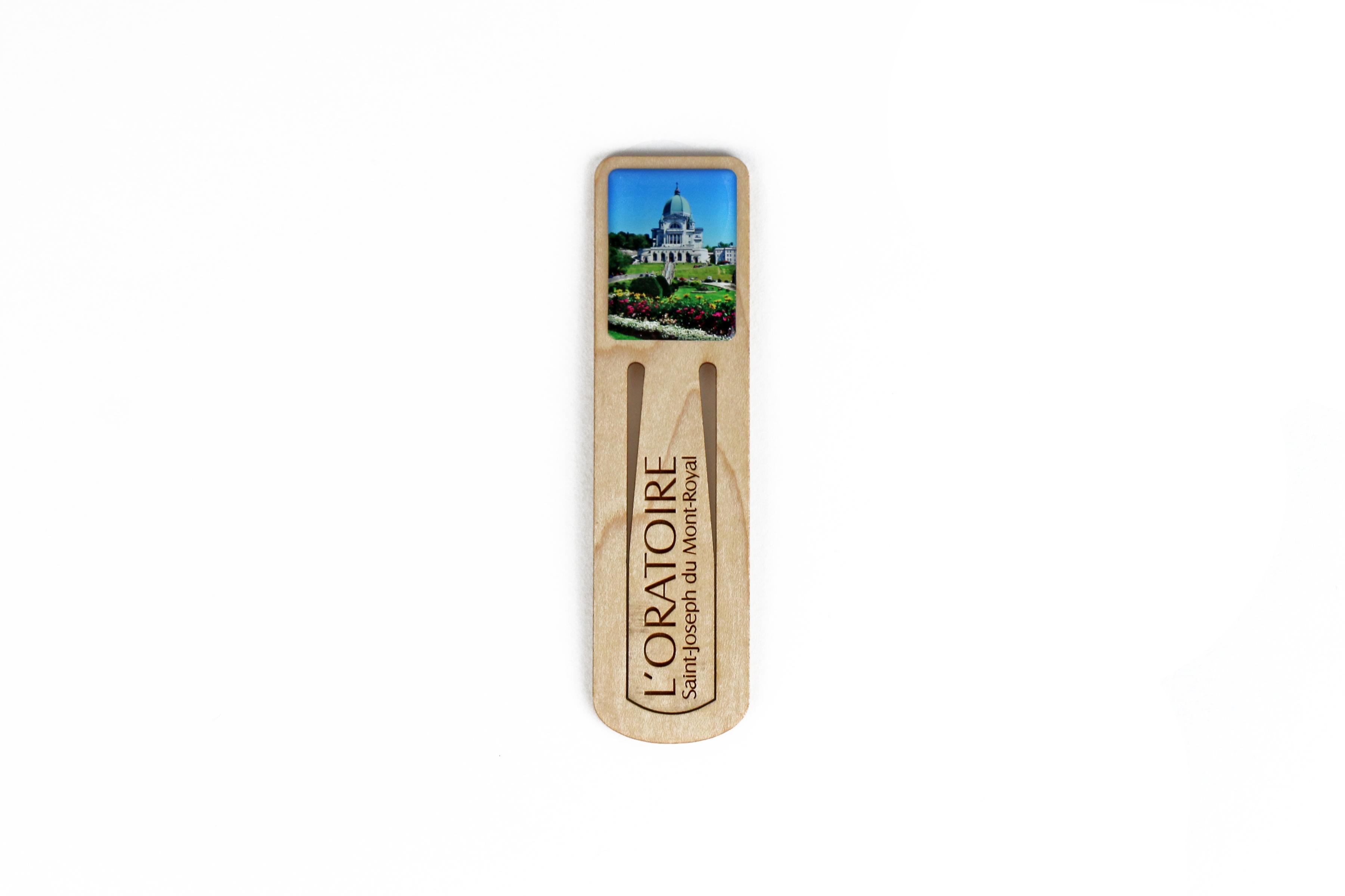 Signet en bois de l'Oratoire Saint-Joseph / Wooden Bookmark
