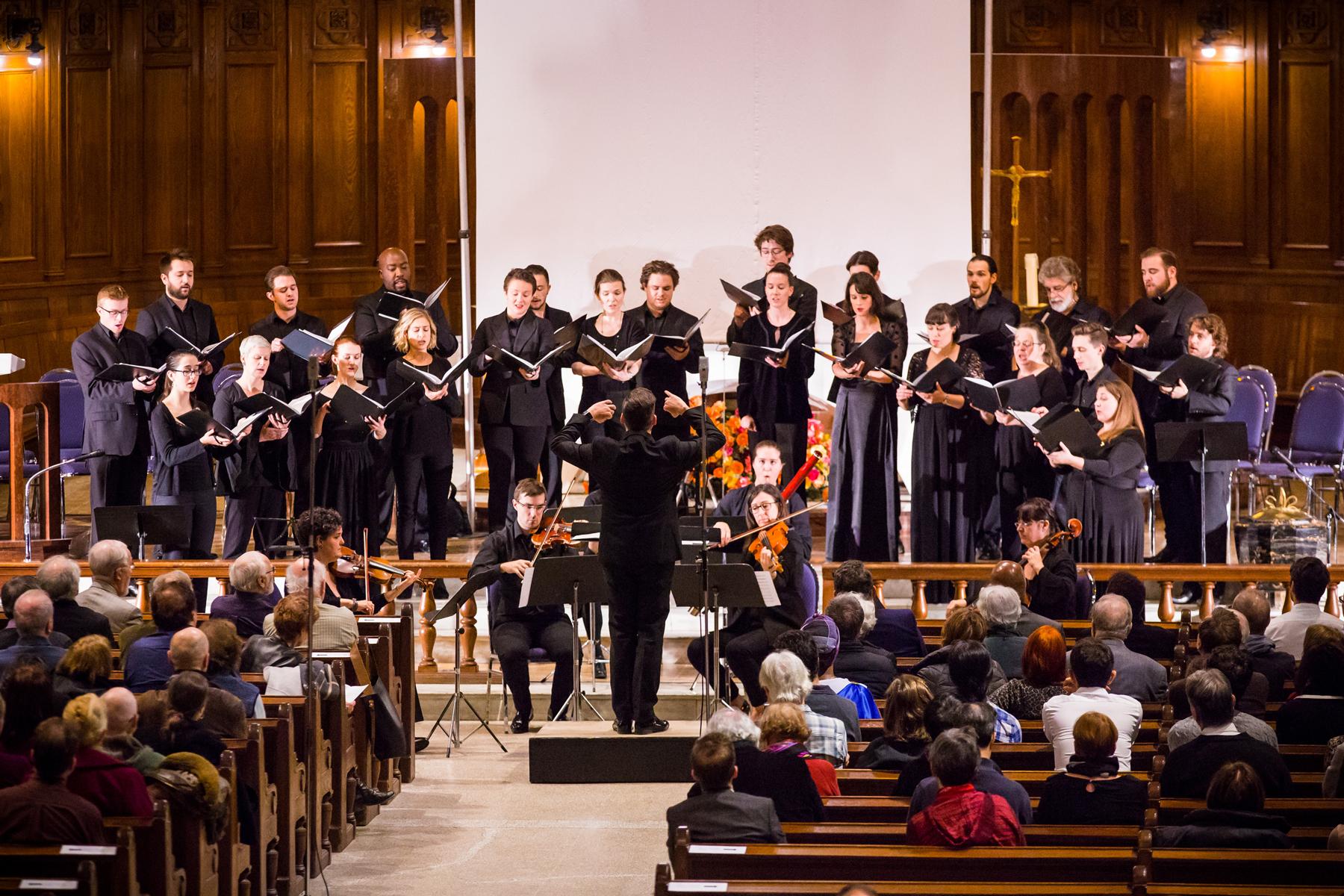 Le chœur et ensemble instrumental de l'Église St. Andrew et St. Paul, sous la direction de Jean-Sébastien Vallée