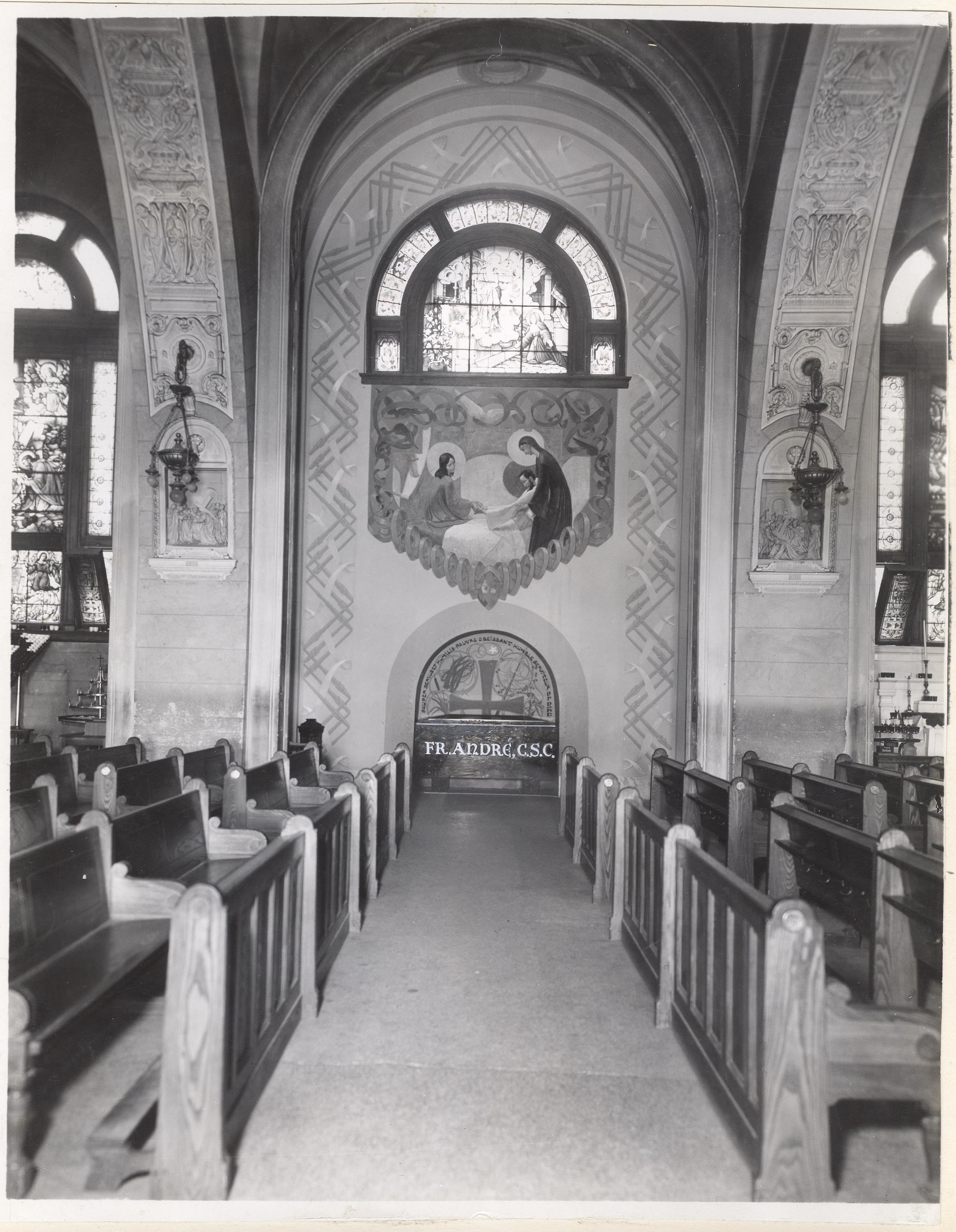 Tombeau du frère André, 1937