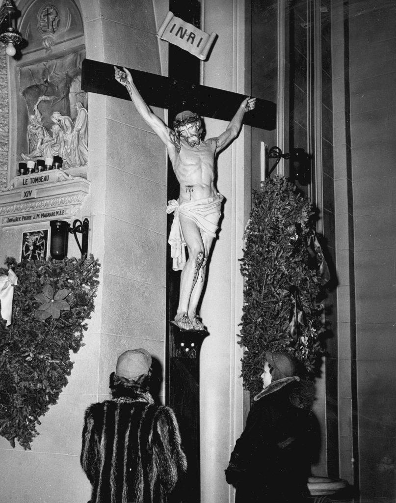 Crucifix de l'Oratoire Saint-Joseph